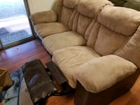3 seats sofa with two built in recliners Gaithersburg, 20877
