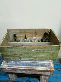 Old wood box Waterford, 95386