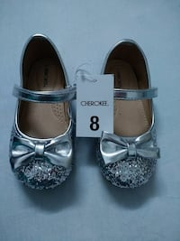 New, toddler size 8