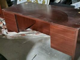 Office Desk / Solid Wood & Rolling office chair.