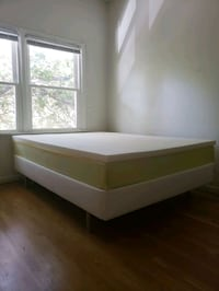 Queen bed frame with mattress and topper Arlington, 77054