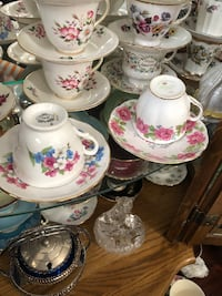 cups and saucers Hamilton, L9A 1T3