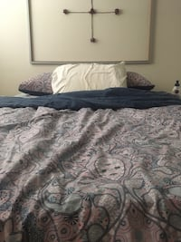 Bed, box, bed frame, 1600 tc fitted sheet, pillow cases, hypoallergenic bed cover, comforter and cover Vancouver, V5N