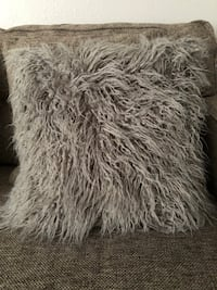 Gray faux fur pillow case Oceanside, 92056