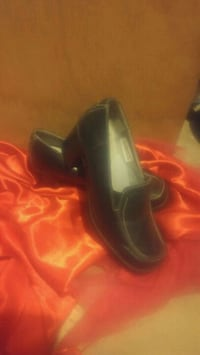 Hush puppy size 6 womens loafers Moncton, E1A