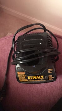 DeWalt 12v battery charger  Reston, 20194