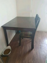 Dining table with 2 chairs Kitchener