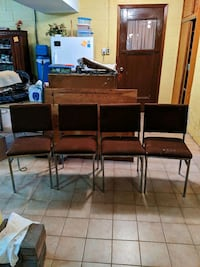 4 vintage chairs $5 for all  St. Catharines, L2P 3C2