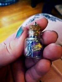 Entire deck of tarot cards in a bottle necklace Bakersfield, 93308