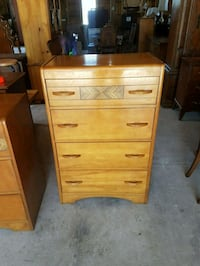 Solid wood chest of drawers  Brampton, L6X