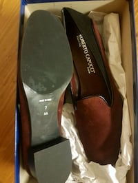 pair of brown leather pointed-toe pumps Toronto, M6G 3G6