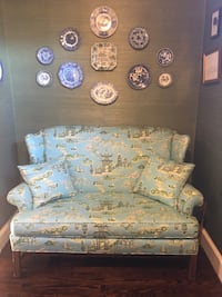 Sofa/settle with Chinoiserie pattern! Upperville, 20184