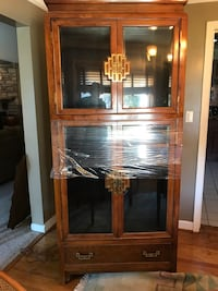 Asian china cabinet high quality  very thick glass shelves South Rockwood, 48179