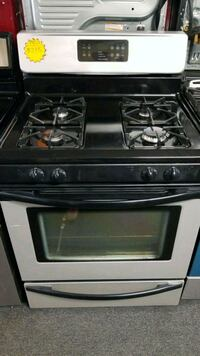 Gas stove in very good condition  Baltimore