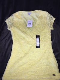 XS YELLOW GUESS SHIRT