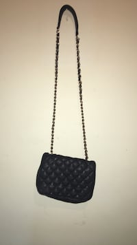 women's black sling bag