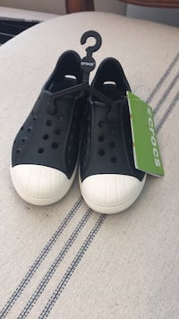 Crocs, toddler 10 Sterling, 20164