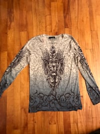Authentic size Medium women's long sleeved shirt Laval, H7W