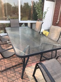 Patio table and chairs Brampton, L6P 0K6