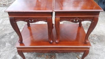 table no chairs...coffee end table