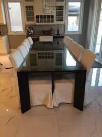 Restoration Hardware dining table plus chairs LaSalle, N9J