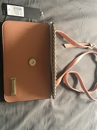 Peach Tahari purse with price tag still on it. Never used Towson