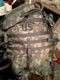 ARMY ISSUE MOLLE PACK/RUCKSACK/HIKING
