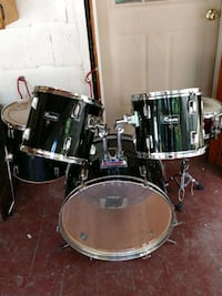 Used Drum Set