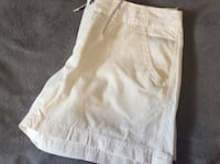 North face women shorts (size 8) never worn Graham, 27253