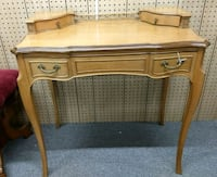 Beautiful antique French writing desk Middletown, 21769