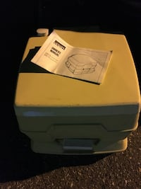 Camping potty LNEW with paper work only 35 Firm  Glen Burnie, 21061