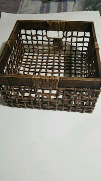 Hand crafted basket Barrie, L4N 5L8