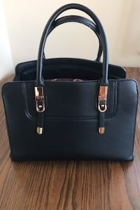 Purse (Price is Negotiable)