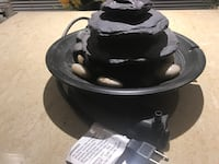 Fountain with pump in running condition  Toronto, M4A 1Z1