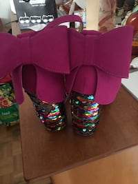 Size 7 betsey Johnson heels