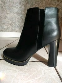 Leather boots. Worn once. Size 9/40 Edmonton, T6K 2Y1