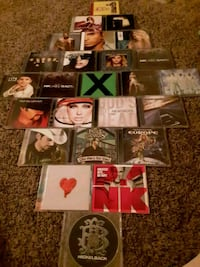 Cluster of CD'S Sioux Falls, 57103