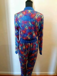 Back of two piece colorful outfit never worn Clinton, 20735