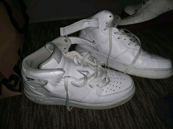 quality design 75302 503b1 pair of white Nike Air Force 1 high shoes
