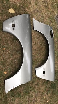 C5 corvette two rear fenders .