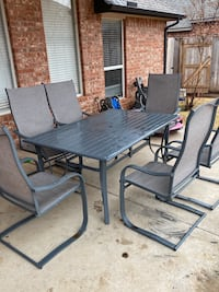 Like new condition outdoor patio set  Oklahoma City, 73012