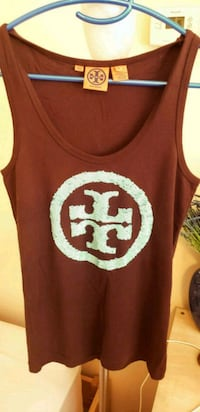 maroon and white skull print tank top Long Beach, 11561