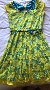 yellow and green floral spaghetti strap dress Los Angeles, 91607