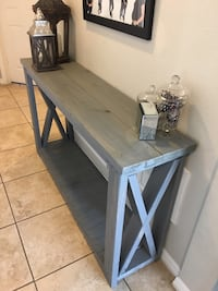 Rustic farmhouse entryway console  Kissimmee, 34743