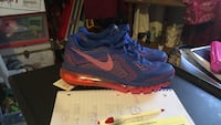 pair of blue Nike Air Max shoes with box Lehigh Acres, 33976