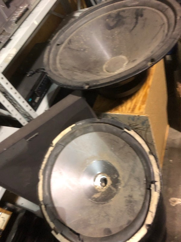 FREE Speakers broken gr8 4 movie prop