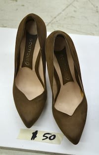 Leather pumps in excellent condition Montreal, QC, Canada