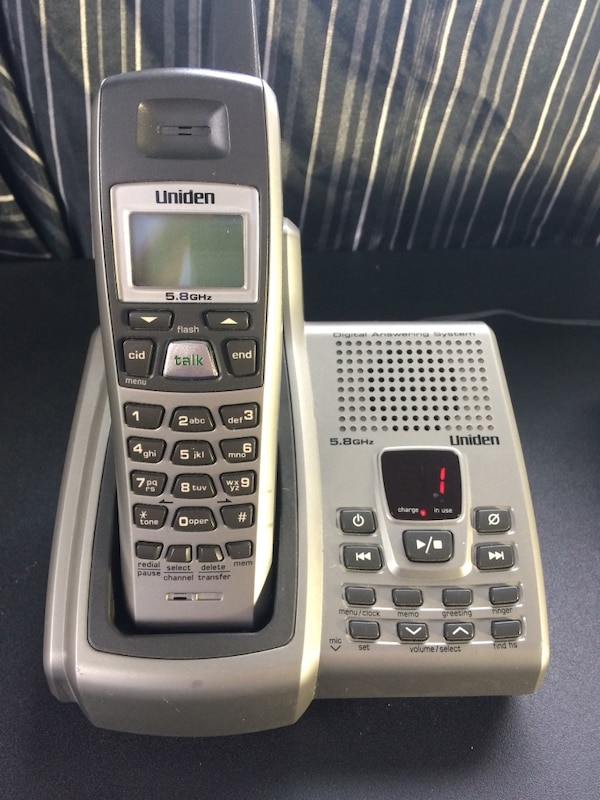 Uniden wireless Phone w/Am