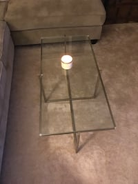 Glass top coffee table Arlington, 22204