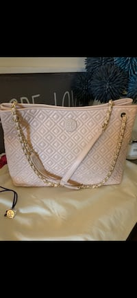 Tory Burch Quilted Leather Tote - Pale Apricot*FINAL PRICE FOR QUICK SALE* Richmond, V7E 6S2